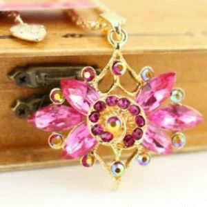 Sweet Pink Betsey Johnson Flower Necklace